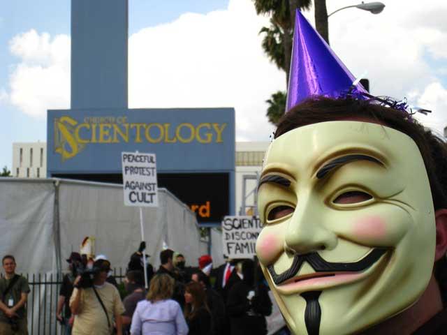 Un membre d'Anonymous mis en examen