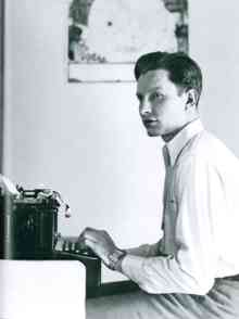 Un auteur de romans célèbre