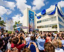 Un accueil magique salue la nouvelle Eglise de Scientologie de Miami