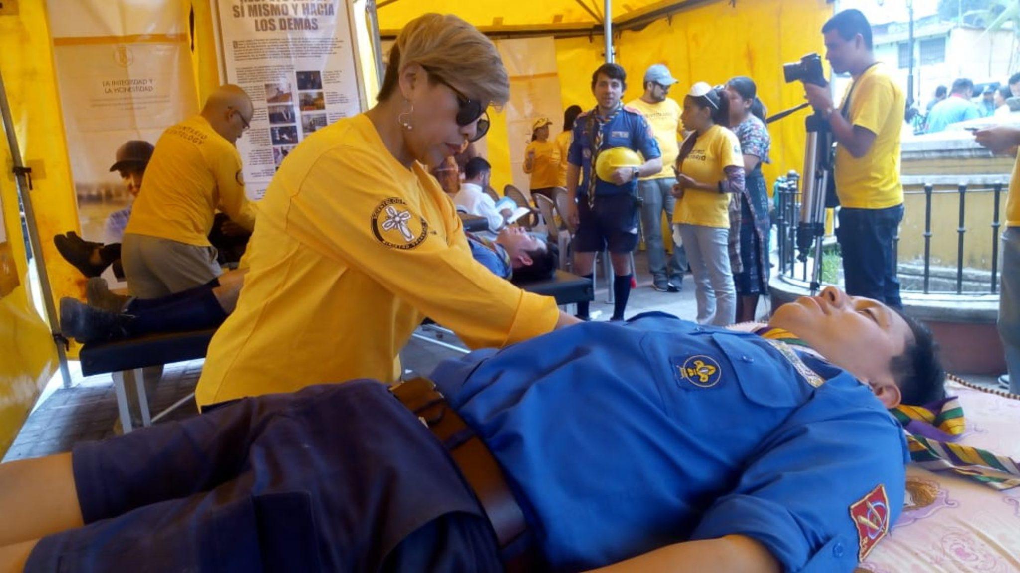 Les secours continuent au pied du volcan Fuego