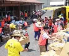 Les ministres bénévoles viennent en aide aux victimes des inondations à Okayama