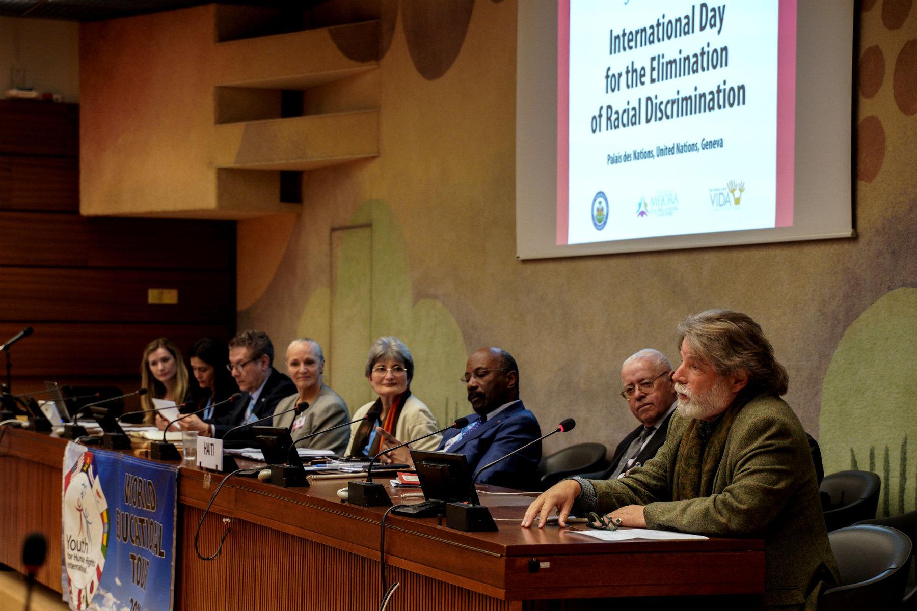 La Tournée mondiale pour l'éducation aux droits présente à une conférence à l'ONU