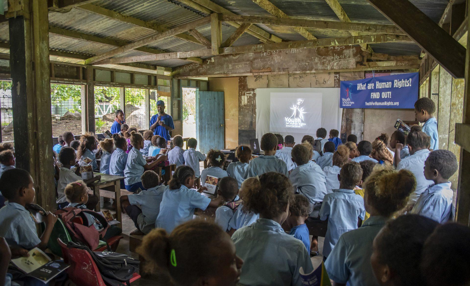 Allumer une étincelle d'espoir chez les enfants des Îles Salomon