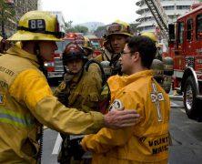Les Eglises de Scientology appellent des bénévoles pour aider à la lutte contre l'incendie de Saddleridge