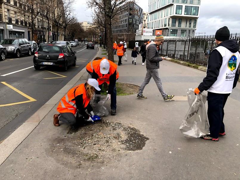 Boulevard Pereire : les beaux quartiers pas si propres en réalité
