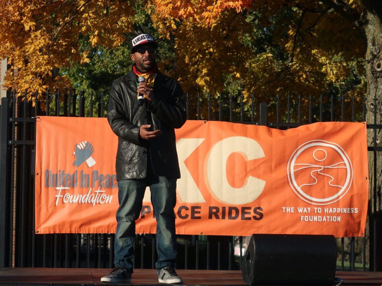 Kansas City : Les habitants s'unissent pour apporter la paix