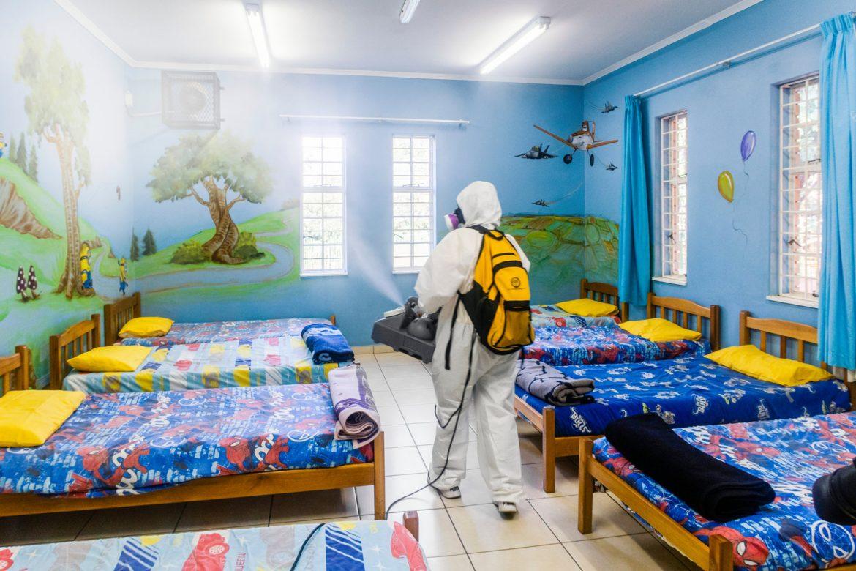 Les bénévoles scientologues aident les travailleurs à prendre soin de l'Afrique du Sud