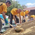 Des scientologues au secours des agriculteurs de Sardaigne lors des incendies