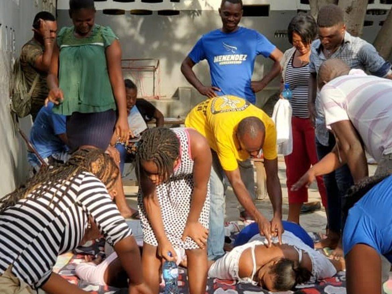 Les associations de Haïti se forment aux techniques de la Scientology