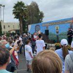 Une nouvelle peinture murale rassemble la population pour rendre Hollywood belle, propre et sûre